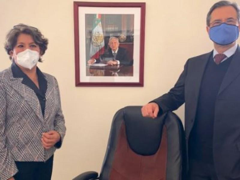 Esteban Moctezuma inicia transición con Delfina Gómez en la SEP