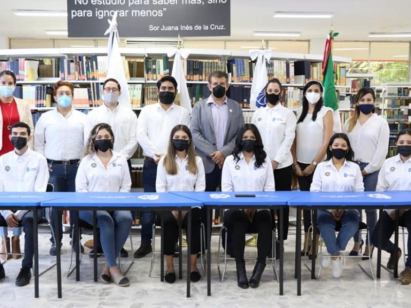 Estudiantes buscan comercializar cubiertos elaborados con desechos de Yaca