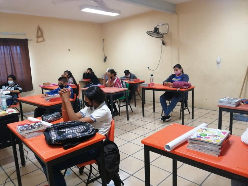Estudiantes dispuestos a cumplir con las medidas sanitarias