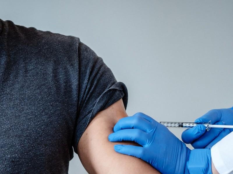 Estudio asegura que variante sudafricana Covid-19 podría restar eficacia vacunas