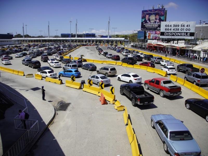 EU extiende restricciones a viajes no esenciales con México