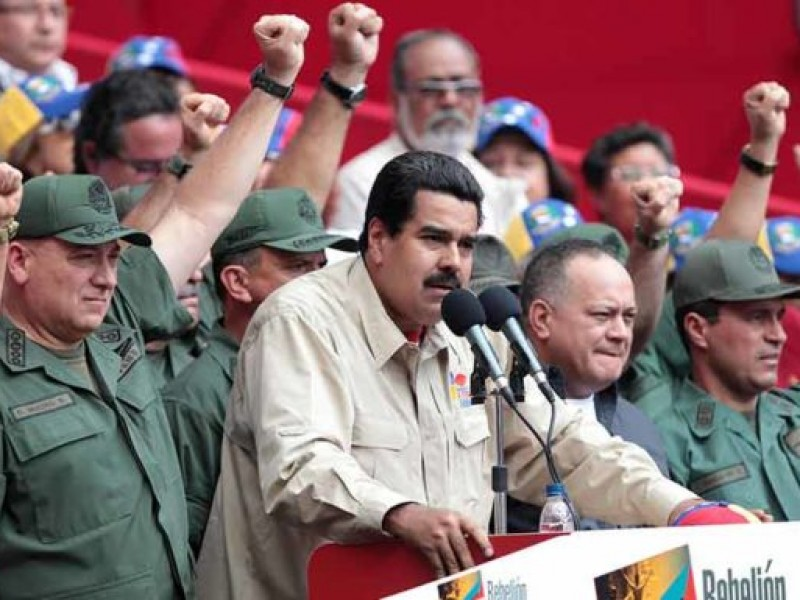 EUA impone sanciones a militares leales a Maduro