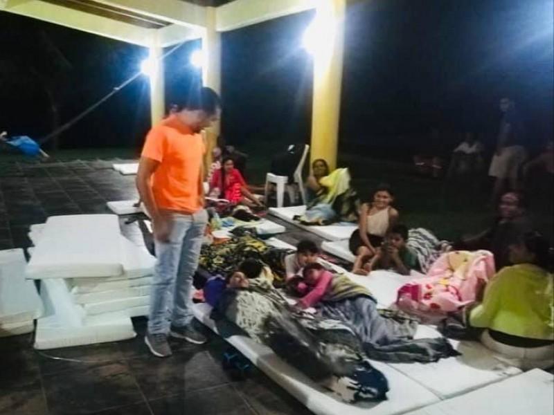 Evacuan 8 comunidades por presencia de amoniaco