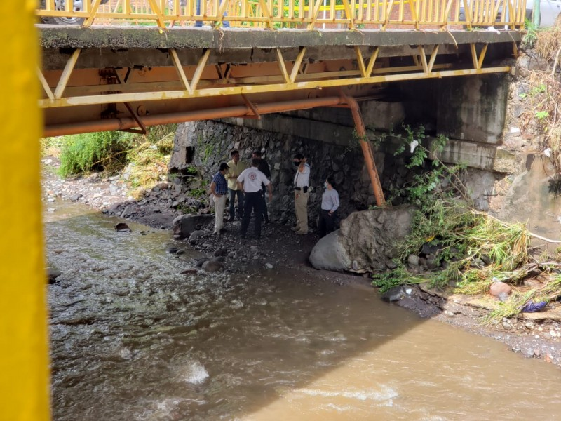 Evalúan puente en Las Amarillas; ante lluvias recomiendan su cierre