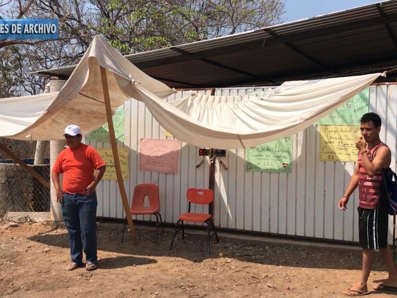 Ex coordinadores del Conafe siguen sin respuesta