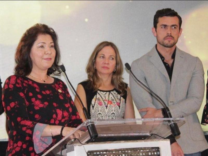Exhorta Gobernador a presidenta de CANIRAC a ser solidaria