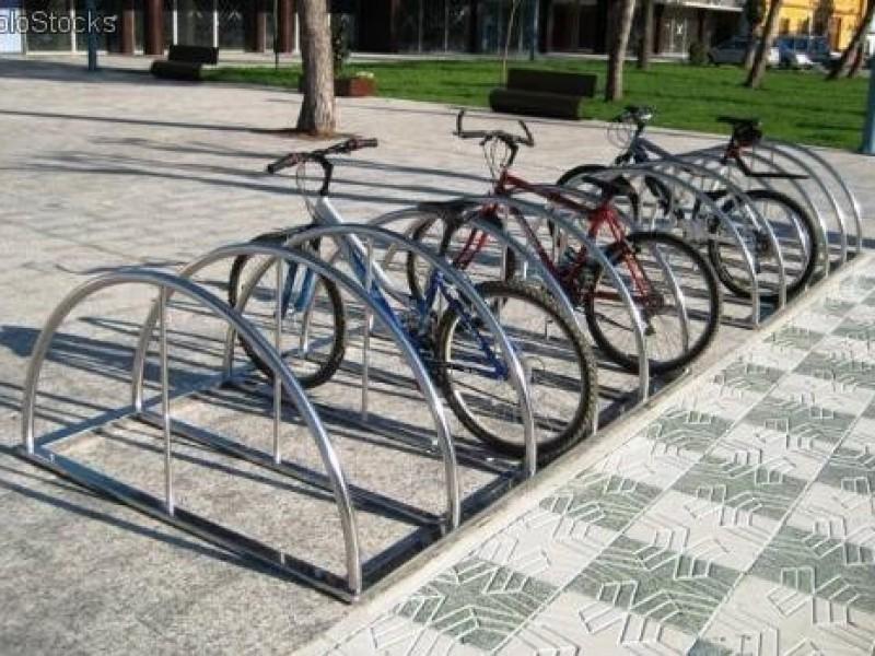 Exhortan a que haya estacionamientos para bicicletas en lugares públicos