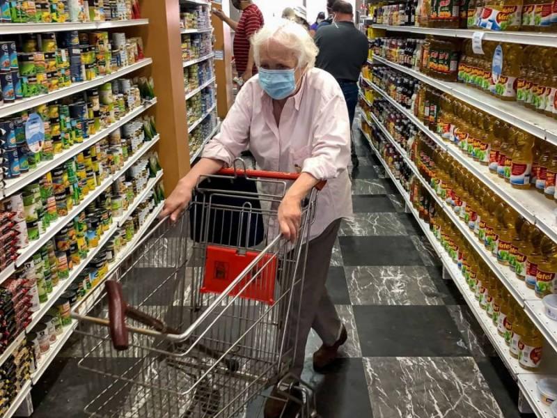 Exige CEDHJ que personas mayores puedan ingresar a comercios