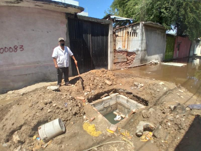 Exigen atención a problemática de aguas negras en Guichivere