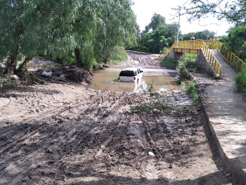 Exigen cumplimiento de puente vehicular en Tajo de Santa Ana