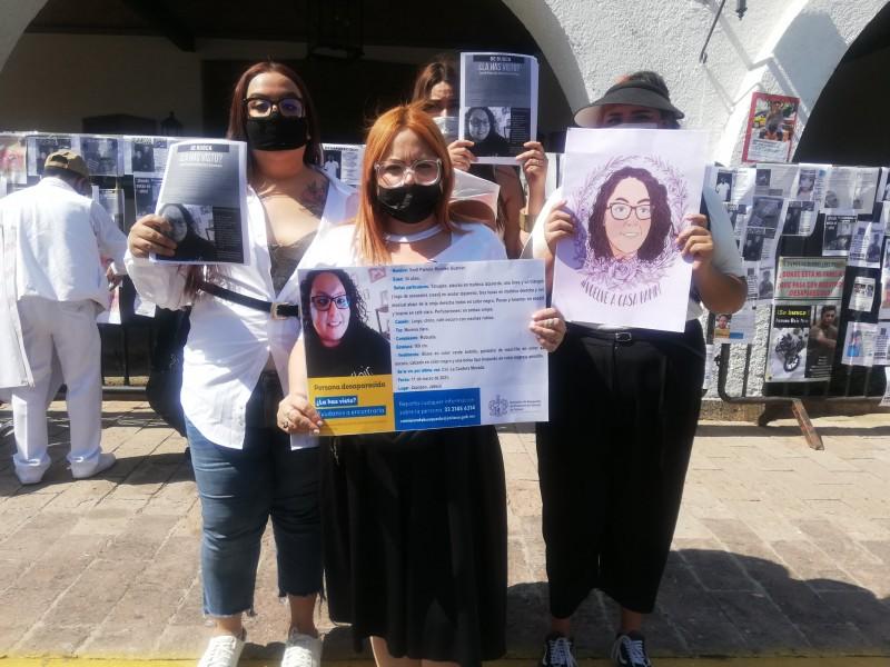 Exigen en Casa Jalisco búsqueda en campo de personas desaparecidas