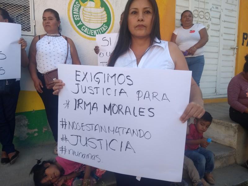 Exigen esclarecimiento de feminicidio de Irma Morales