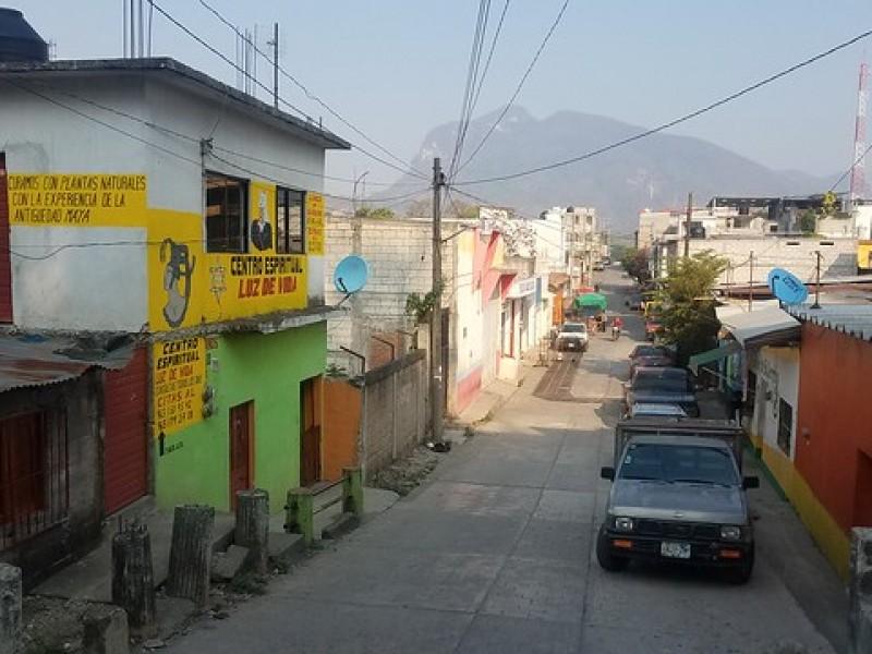 Exigen obras de pavimentación en Frontera Comalapa