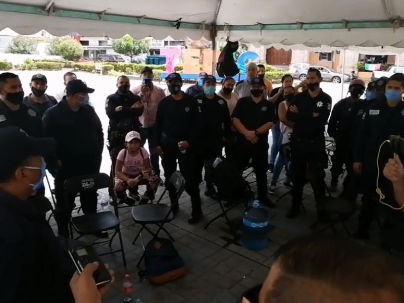 Exigen policías respeto a sus derechos laborales