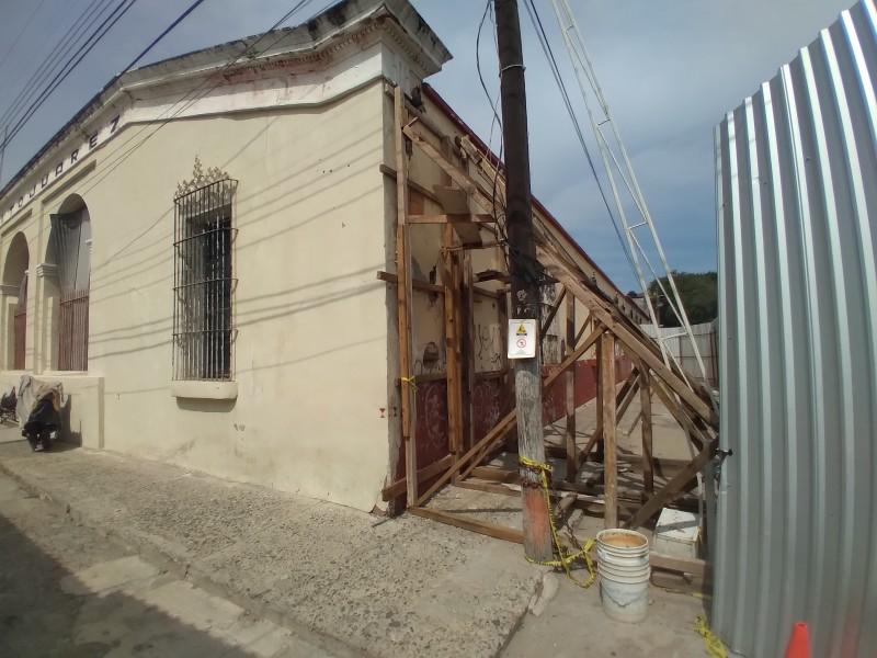 Exigen reconstrucción de escuelas antes de regreso a clases presenciales