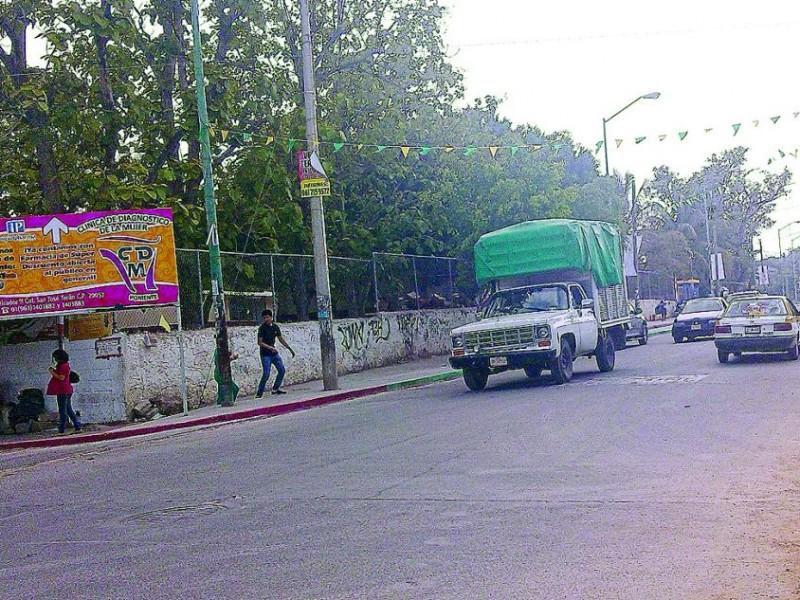 Exigen servicio de transporte en San José