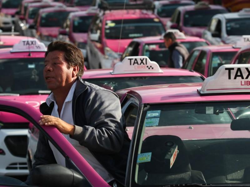 Exigen taxistas reunión con subsecretario de Segob