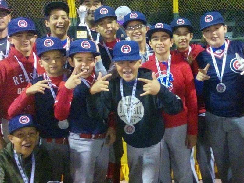 Éxito torneo de beisbol
