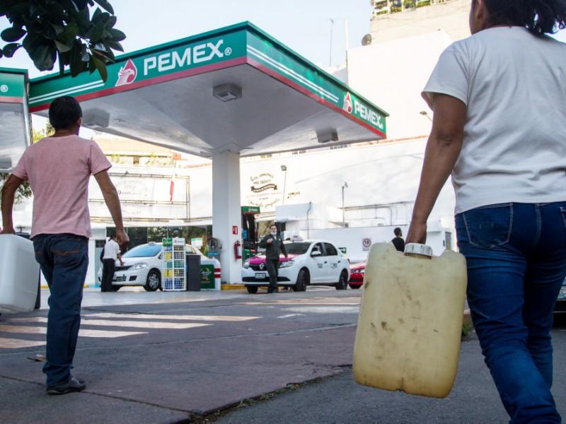 Expendedores de petróleo respaldan estrategia de AMLO