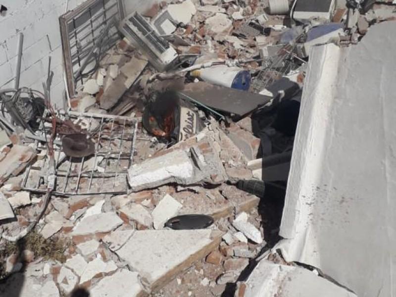 Explosión de casa en Villas del Mediterráneo deja dos lesionados