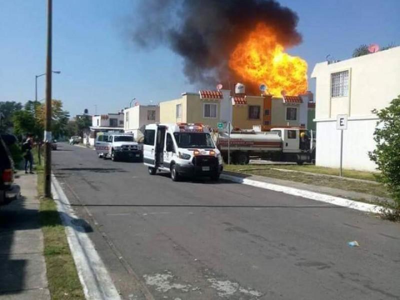 Explosión deja 4 quemados en Los Molinos