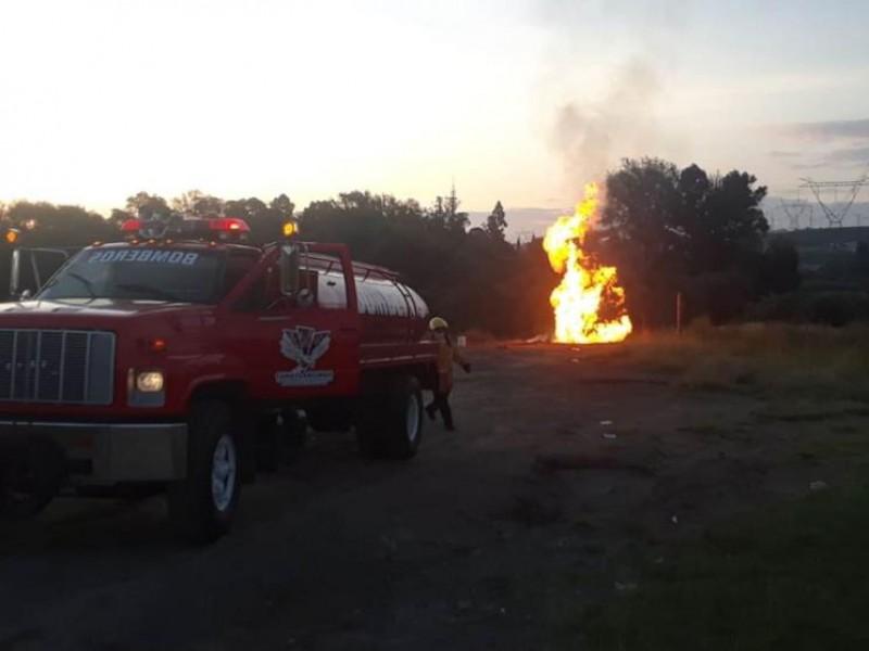 Explosión por fuga de gas en toma clandestina