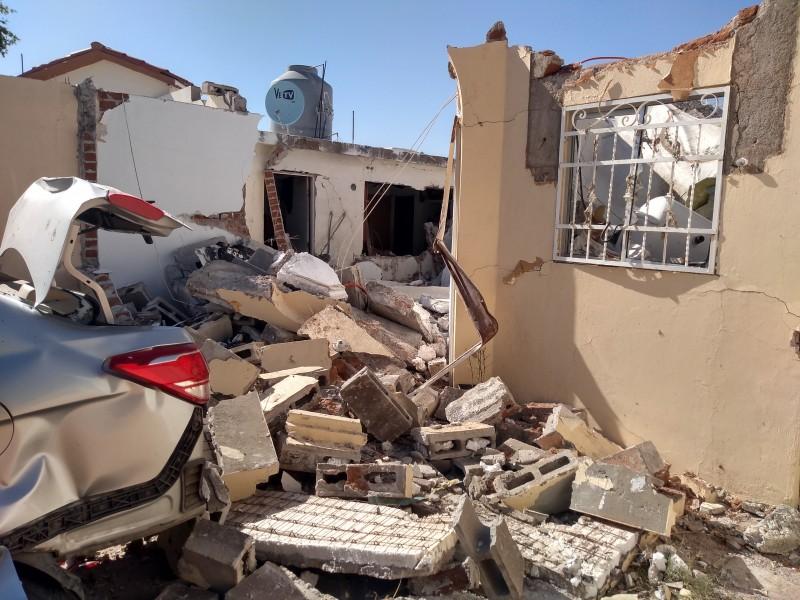 Hombre cocinaba cuando explotó su casa