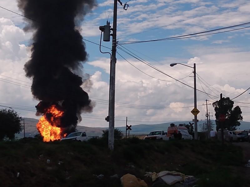Explota ducto de PEMEX en Guanajuato