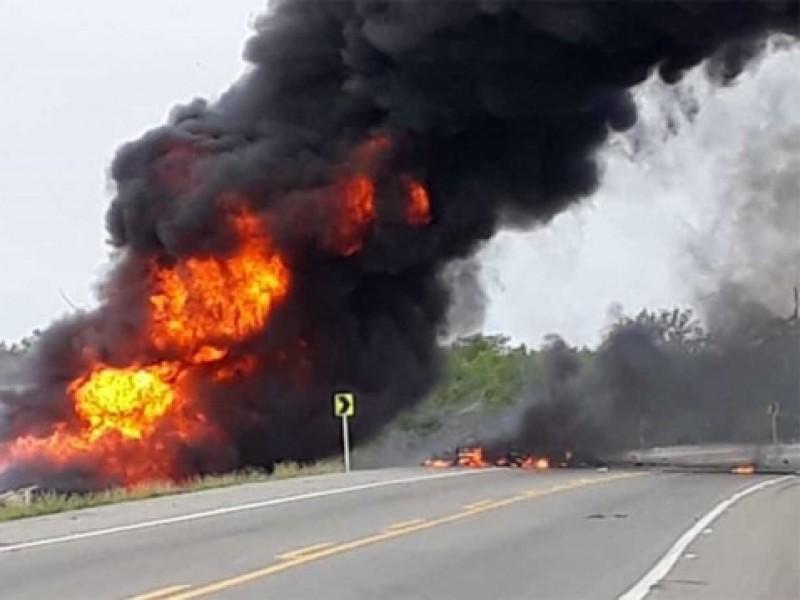 Explosión de pipa en Colombia deja 7 muertos