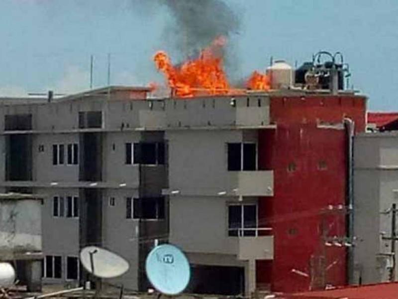Explota tanque de gas en hotel de Tecolutla