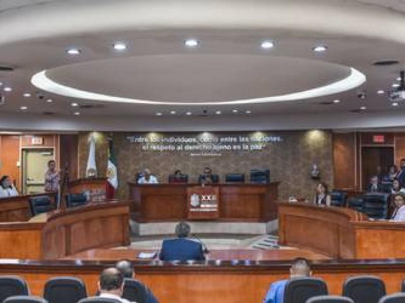 Expulsan a panistas que votaron por ley Bonilla