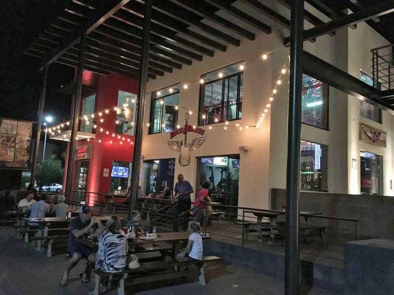 Extiende mesa de salud horario a bares y restaurantes