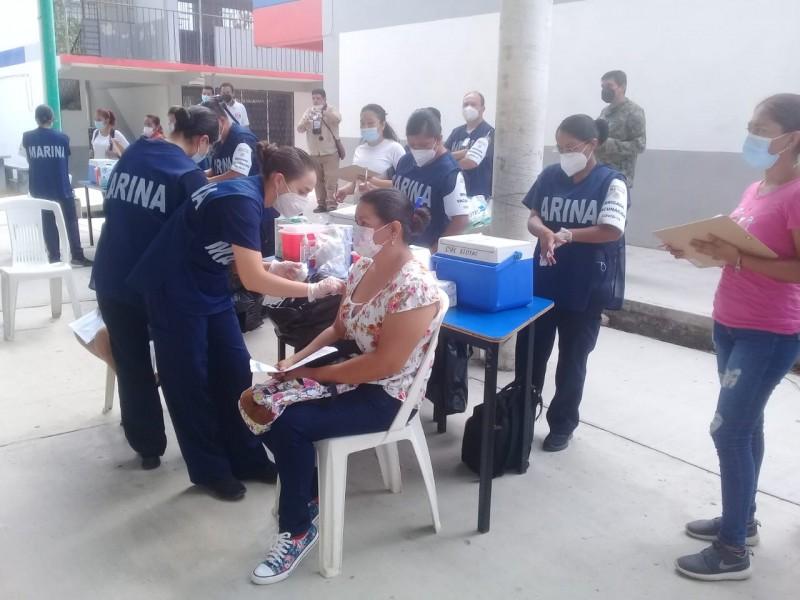 Extienden vacunación en Costa Grande, colocan sede en Atoyac