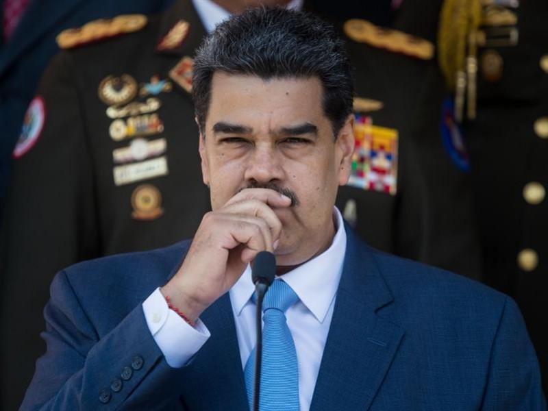 Facebook bloquea por un mes a Maduro por desinformar