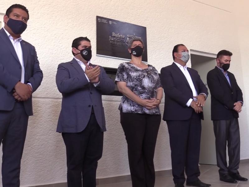 Facultad de derecho estrenó su nuevo Bufete Jurídico y Meditación