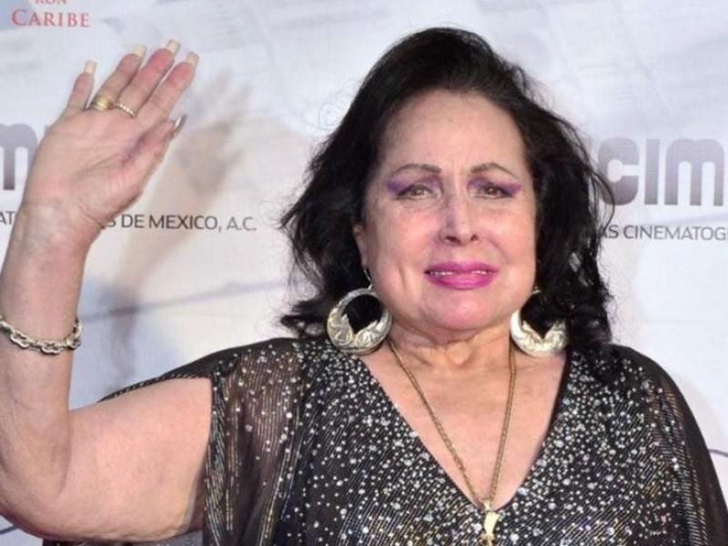 Fallece la cantante y actriz Flor Silvestre