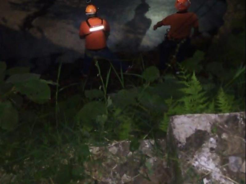 Fallece xalapeño al caer a canal de aguas negras