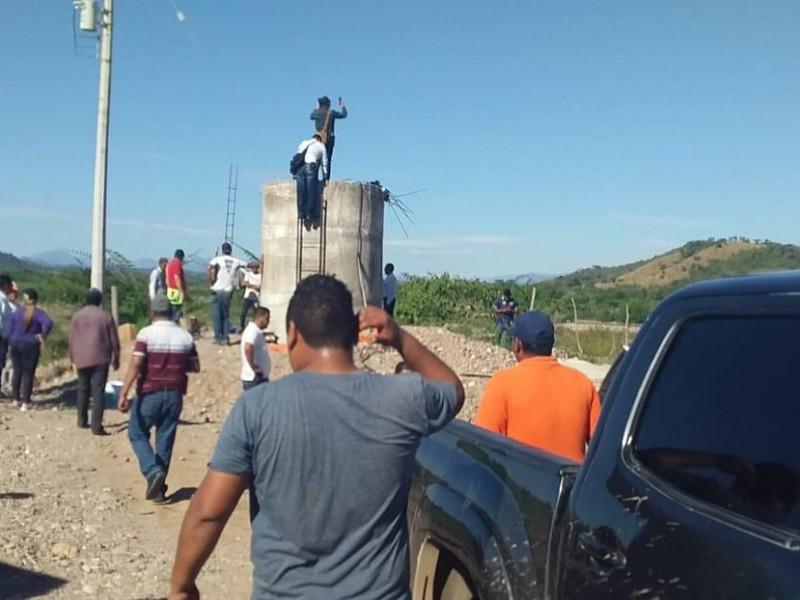 Fallecen 5 personas al limpiar pozo en Acaponeta
