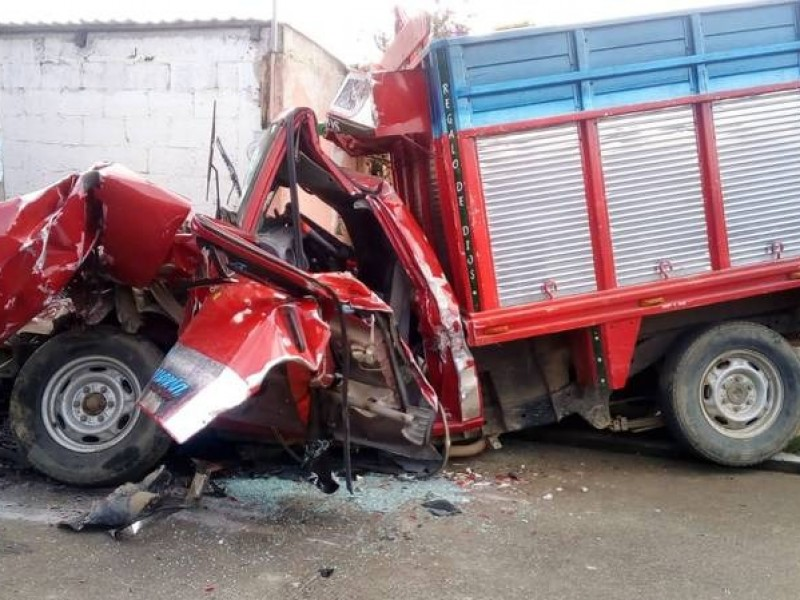 Fallecen 8 personas en accidente de Xiutetelco