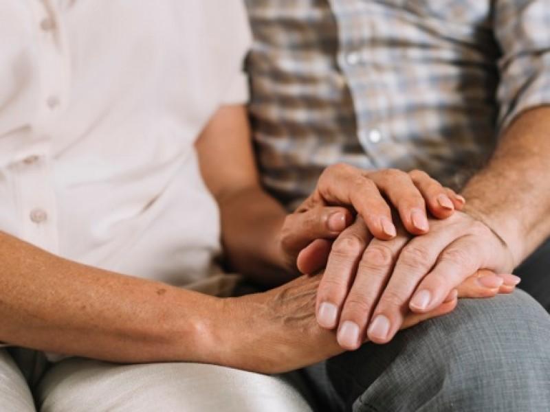 Fallecen tres matrimonios en menos de 20 días por COVID-19