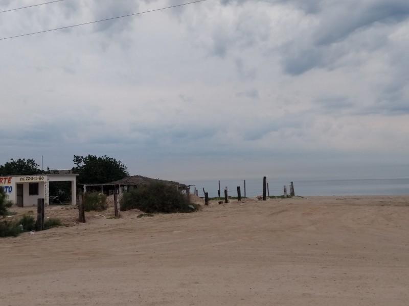 Falta atención para playa El Cochorit