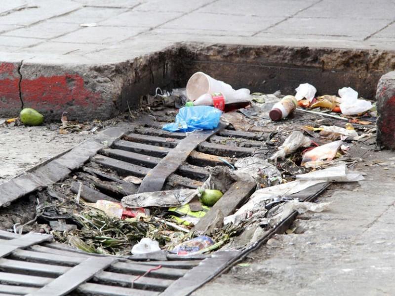 Falta cultura ciudadana para evitar basura en las calles