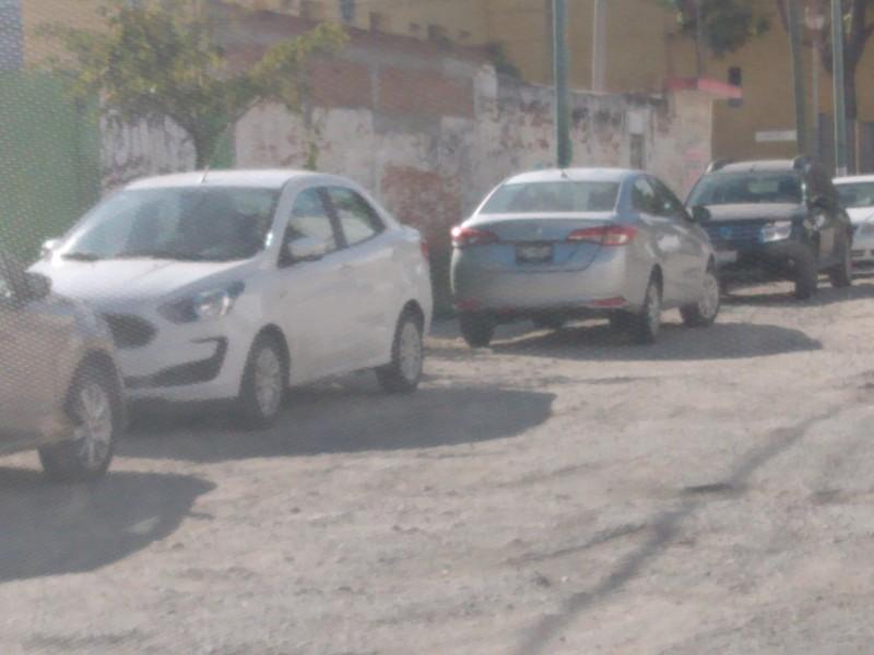 Falta de estacionamiento congestiona el centro de Tuxtla