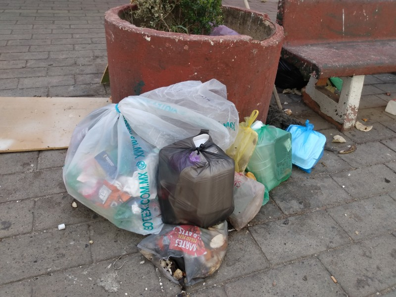 Falta recolección de basura en Altagracia, Zapopan