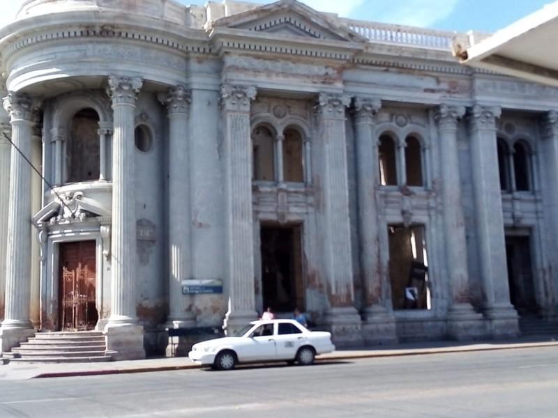 Familia peligran por Banco de Sonora