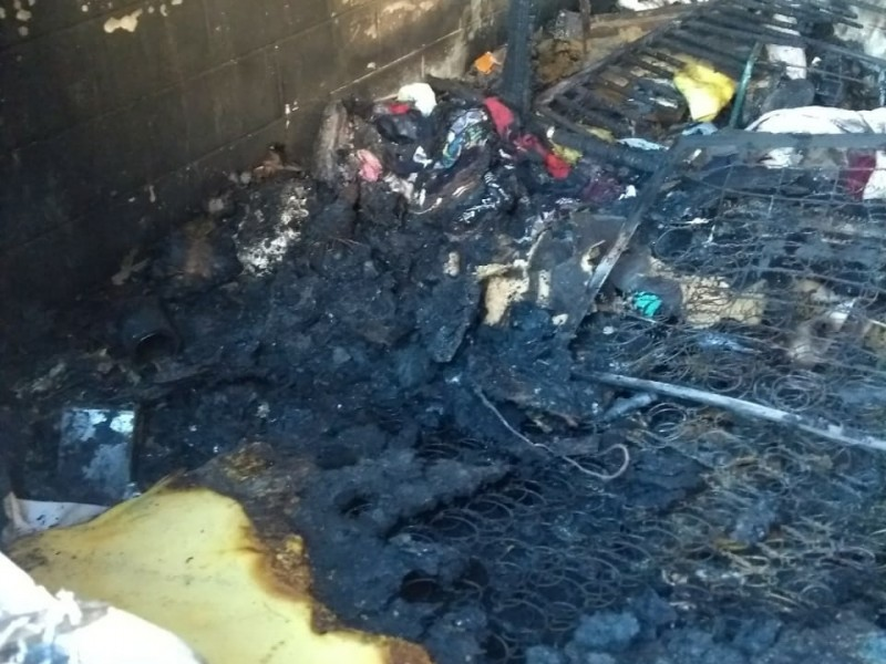 Familia pierde todo en incendio
