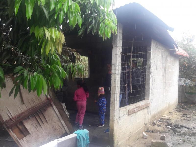 Familia pierde todo en incendio; requieren apoyo