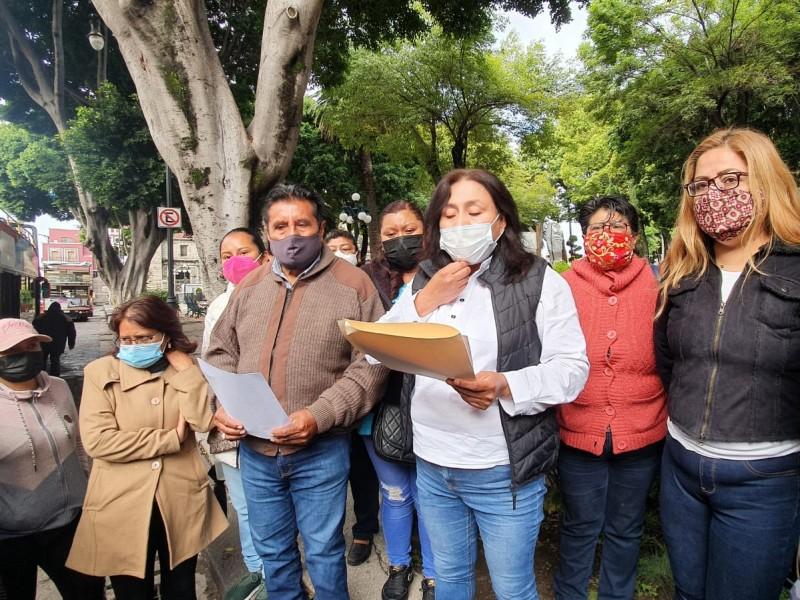 Familiares de policías detenidos en Xoxtla piden justicia y libertad
