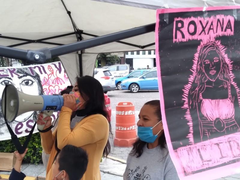 Familiares piden liberación de Roxana tras actuar en legitima defensa