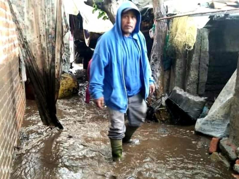 Familias de Tacuro, Zopoco y Huancito afectadas por las lluvias
